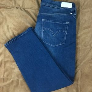 Levi's Mid Rise Skinny Crop Jeans Size 12 W31